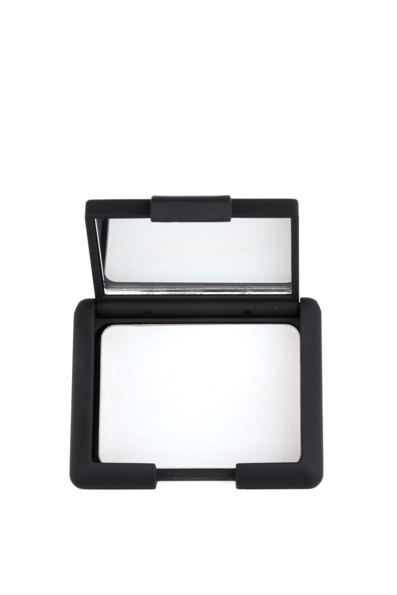 Nouba Праймер для век Perfecta Eyelids Primer 3мл15070Праймер для глаз с нежной, кремовой текстурой для стойкого макияжа глаз. Идеально подходит для любой кожи, визуально скрывает мелкие морщинки и недостатки. Праймер для глаз не дает скатывается теням и значительно повышает стойкость средства, делает цвет интенсивнее. Удобная компактная упаковка с мини-зеркальцем.