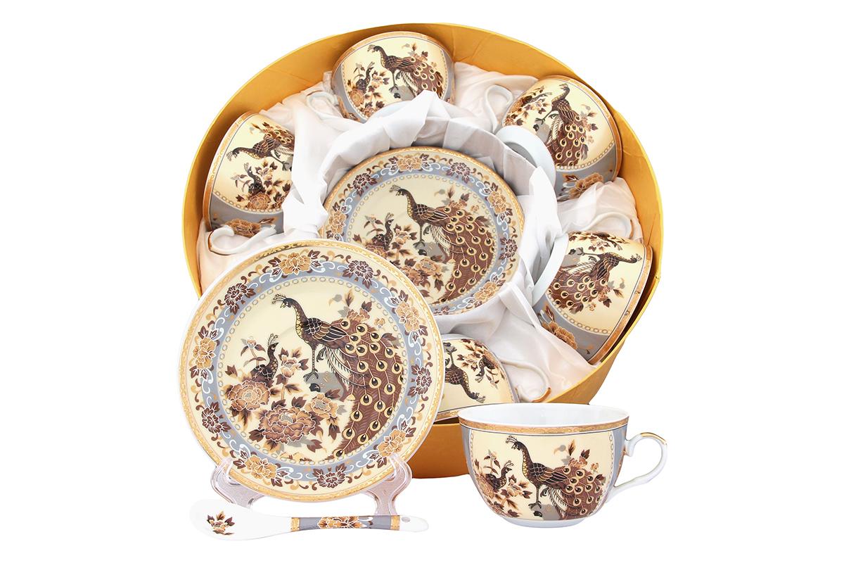 Набор чайный Elan Gallery Павлин, 18 предметов. 471355471355Чайный набор Elan Gallery Павлин состоит из шести чашек, шести блюдец и шести чайных ложек, изготовленных из высококачественной керамики Предметы набора оформлены изящным и ярким рисунком. Чайный набор Elan Gallery Павлин украсит ваш кухонный стол, а также станет замечательным подарком друзьям и близким. Не рекомендуется использовать в микроволновой печи. Не применять абразивные моющие вещества. Объем чашки: 250 мл. Диаметр чашки по верхнему краю: 9,5 см. Высота чашки: 6 см. Диаметр блюдца: 14 см. Высота блюдца: 2,2 см. Длина ложки: 13 см.
