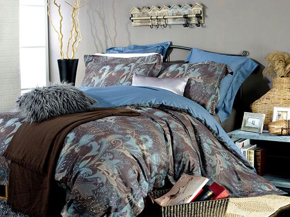 Комплект белья Arya Naomi, 2-спальный, наволочки 50x70, цвет: синий, темно-коричневыйF0127559Роскошный комплект постельного белья Arya Naomi состоит из пододеяльника, простыни и четырех наволочек, выполненных из жаккарда и сатина. Жаккард - это ткань с уникальным рисунком, который создают на специальном станке. Из-за сложного плетения эта ткань довольно жесткая, поэтому используют ее только для верхней стороны пододеяльника и наволочек. В сатине высокой плотности нити очень сильно скручены, поэтому ткань гладкая и немного блестит. Комплект из плотного сатина прослужит дольше любого другого хлопкового белья. Благодаря такому комплекту постельного белья вы создадите неповторимую атмосферу в вашей спальне.