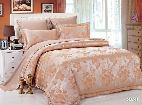 Комплект белья Arya Grace, 2-спальный, наволочки 70x70, цвет: темно-бежевыйTR0000286Роскошный комплект постельного белья Arya Grace состоит из пододеяльника, простыни и двух наволочек, выполненных из жаккарда и сатина. Жаккард - это ткань с уникальным рисунком, который создают на специальном станке. Из-за сложного плетения эта ткань довольно жесткая, поэтому используют ее только для верхней стороны пододеяльника и наволочек. В сатине высокой плотности нити очень сильно скручены, поэтому ткань гладкая и немного блестит. Комплект из плотного сатина прослужит дольше любого другого хлопкового белья. Благодаря такому комплекту постельного белья вы создадите неповторимую атмосферу в вашей спальне.