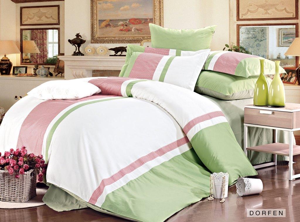 Комплект белья Arya Dorfen, 2-спальный, наволочки 50x70, 70x70, цвет: белый, розовый, светло-зеленыйP0000046Роскошный комплект постельного белья Arya Dorfen состоит из пододеяльника, простыни и четырех наволочек, выполненных из сатина (100% хлопка). Сатин - прочная и плотная ткань с диагональным переплетением нитей. Сатиновое постельное белье легко переносит стирку в горячей воде, не выцветает, не соскальзывает с кровати и приятно на ощупь. В комплект этого постельного белья входят наволочки с декоративным кантом, которые особенно подойдут, если вы предпочитаете класть подушки поверх покрывала. Еще такие наволочки называют оксфордскими или наволочками с ушками. Благодаря такому комплекту постельного белья вы создадите неповторимую атмосферу в вашей спальне.