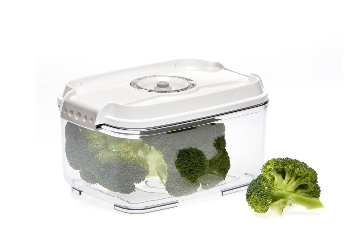 Контейнер вакуумный Status, цвет: прозрачный, белый, 2 лVAC-REC-20 WhiteВакуумный контейнер Status рекомендован для хранения следующих продуктов: фрукты, овощи, хлеб, колбасы, сыры, сладости, соусы, супы. Благодаря использованию вакуумных контейнеров, продукты не подвергаются внешнему воздействию и срок хранения значительно увеличивается. Продукты сохраняют свои вкусовые качества и аромат, а запахи в холодильнике не перемешиваются. Контейнер изготовлен из прочного хрустально-прозрачного тритана. На крышке - индикатор даты (месяц, число). Допускается замораживание (до -21 °C), мойка контейнера в посудомоечной машине, разогрев в СВЧ (без крышки). Объем контейнера: 2 л. Размер: 22,5 x 15,5 x 11,5 см.