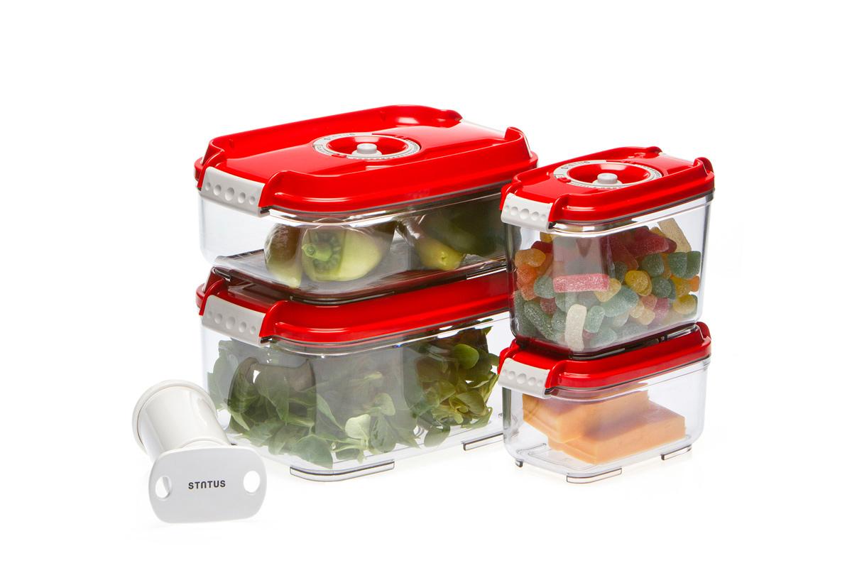 Набор вакуумных контейнеров Status, цвет: прозрачный, красный, 4 шт, + ПОДАРОК: вакуумный насос StatusVAC-REC-Smaller RedНабор вакуумных контейнеров Status рекомендован для хранения следующих продуктов: фрукты, овощи, хлеб, колбасы, сыры, сладости, соусы, супы. Благодаря использованию вакуумных контейнеров, продукты не подвергаются внешнему воздействию и срок хранения значительно увеличивается. Продукты сохраняют свои вкусовые качества и аромат, а запахи в холодильнике не перемешиваются. Контейнеры изготовлены из прочного хрустально-прозрачного тритана. На крышке - индикатор даты (месяц, число). Допускается замораживание (до -21 °C), мойка контейнера в посудомоечной машине, разогрев в СВЧ (без крышки). Объем контейнеров: 0,5; 0,8; 1,4; 2,0 л. Вакуумный насос Status станет отличным дополнением к набору аксессуаров и принадлежностей для кухни. Прибор практичен и удобен в использовании, помогает сохранить свежесть продуктов и увеличить их срок хранения. Такой эффект достигается путем создания внутри контейнеров вакуума, который приостанавливает размножение в продуктах...