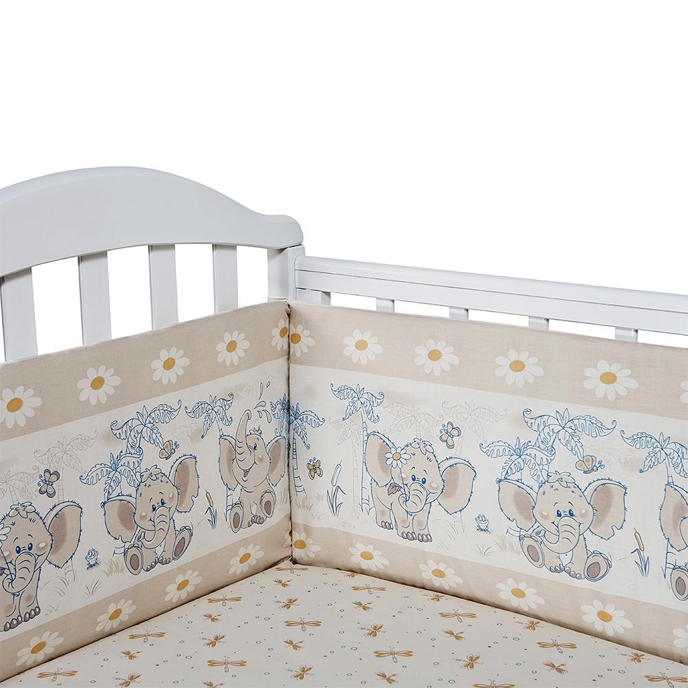 Baby Nice Бортик для кровати Слоненок цвет бежевыйS6152602Борт в кроватку (его ещё называют бампер) является отличной защитой малыша от сквозняков и ударов при поворотах в кроватке. Ткань верха: 100% хлопок, наполнитель: экологически чистый нетканый материал для мягкой мебели - периотек. Дизайны бортов сочетаются с дизайнами постельного белья, так что, можно самостоятельно сделать полный комплект, идеальный для сна. Борта в кроватку - мягкие удобные долговечные: надежная и эстетичная защита вашего ребенка! 4-е стороны: 2 шт.: 120 х 35 смю; 2 шт.: 60 х 35 см.