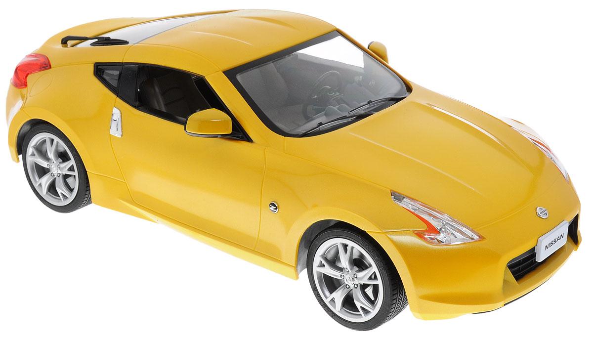 Rastar Радиоуправляемая модель Nissan 370Z цвет желтый38700Радиоуправляемая модель Rastar Nissan 370Z - яркая реалистичная модель автомобиля в масштабе 1:14! Игрушка выполнена из безопасного пластика. Колеса машинки прорезинены, что обеспечивает плавный ход, игрушка не портит напольное покрытие. Управление машинкой происходит с помощью пульта. Движение автомобиля: вперед-назад, поворот направо, поворот налево, стоп. Автомобиль обладает световыми эффектами. Радиоуправляемые игрушки способствуют развитию координации движений, моторики и ловкости. Ваш ребенок часами будет играть с машиной, придумывая различные истории и устраивая соревнования. Машина работает от 5 батареек типа АА (не входят в комплект). Пульт управления работает от батарейки 9V типа Крона (не входит в комплект).