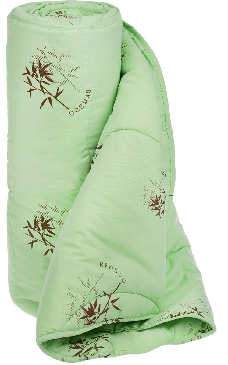 Одеяло легкое Легкие сны Бамбук, наполнитель: бамбуковое волокно, 140 х 205 см140(40)04-БВОЛегкое одеяло Легкие сны Бамбук с наполнителем из бамбукового волокна расслабит, снимет усталость и подарит вам спокойный и здоровый сон. Волокно бамбука - это натуральный материал, добываемый из стеблей растения. Он обладает способностью быстро впитывать и испарять влагу, а также антибактериальными свойствами, что препятствует появлению пылевых клещей и болезнетворных бактерий. Изделия с наполнителем из бамбука легко пропускают воздух, создавая охлаждающий эффект, поэтому им нет равных в жару. Они отличаются превосходными дезодорирующими свойствами, мягкие, легкие, нетребовательны в уходе, гипоаллергенные и подходят абсолютно всем. Чехол одеяла выполнен из поплина (100% хлопок). Одеяло простегано. Стежка надежно удерживает наполнитель внутри и не позволяет ему скатываться. Можно стирать в стиральной машине при температуре 30°C. Плотность наполнителя: 200 г/м2.