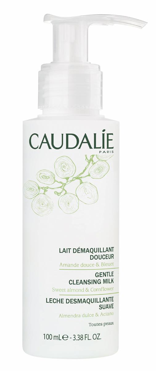 Caudalie Мягкое очищающее молочко, 100 мл146Бархатное молочко Caudalie очищает и нежно снимает макияж даже с самой чувствительной кожи лица и глаз. Благодаря активным питающим и успокаивающим компонентам, которым богато молочко, оно защищает кожу от сухости и дарит ей моментальное ощущение комфорта на долгое время. Кожа становится увлажненной, чистой и нежной. Формула молочка на 98,8% состоит из ингредиентов натурального происхождения.