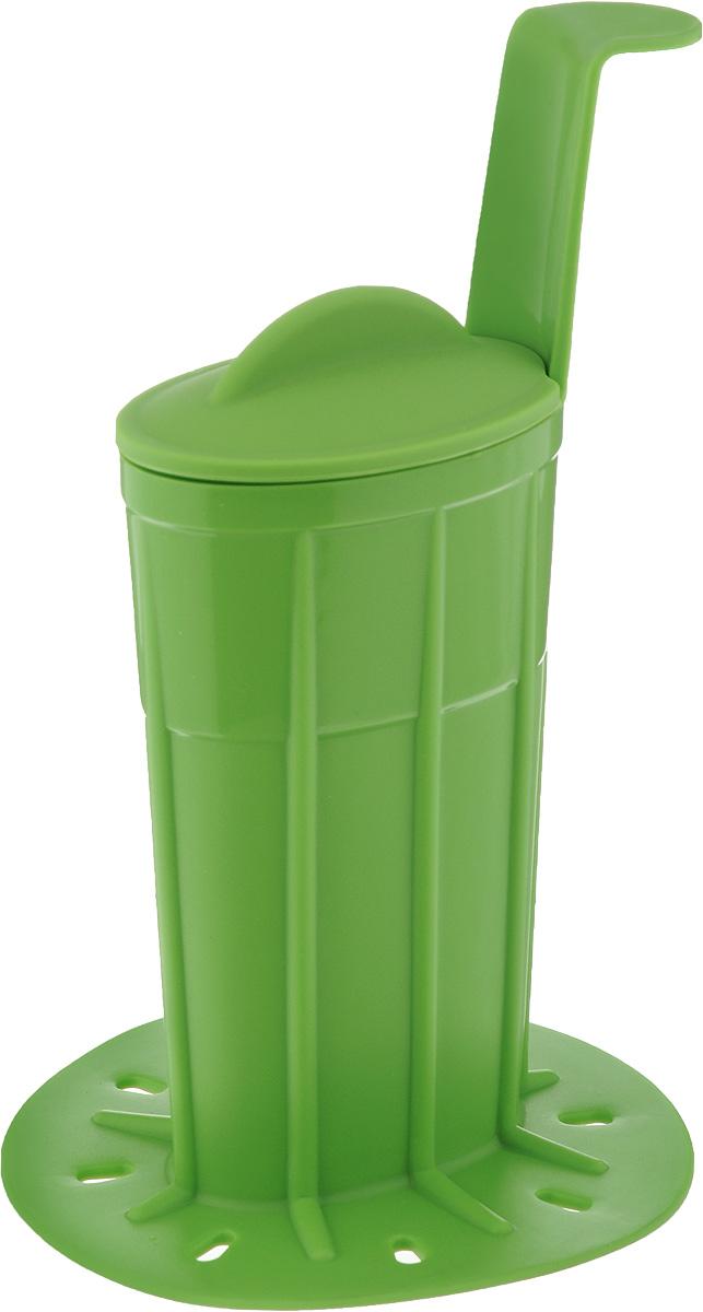Формочка для покрытия глазурью мороженого Tescoma Bambini, цвет: зеленый668226_зеленыйФормочка Tescoma Bambini изготовлена из высококачественного термостойкого силикона. Изделие прекрасно подойдет для покрытия глазурью мороженого Bambini. Сделать это достаточно просто. Глазурь растопите в формочке на водяной бане или в микроволновой печи, и опустите в нее мороженое. Изделие оснащено крышкой для хранения неиспользованной глазури в холодильнике. Можно использовать в микроволновой печи, холодильнике и морозильной камере. Можно мыть в посудомоечной машине. Размер формочки (без учета ручки и основания): 7,5 х 4,5 х 11 см. Длина ручки: 5 см. Диаметр основания: 9,7 см.