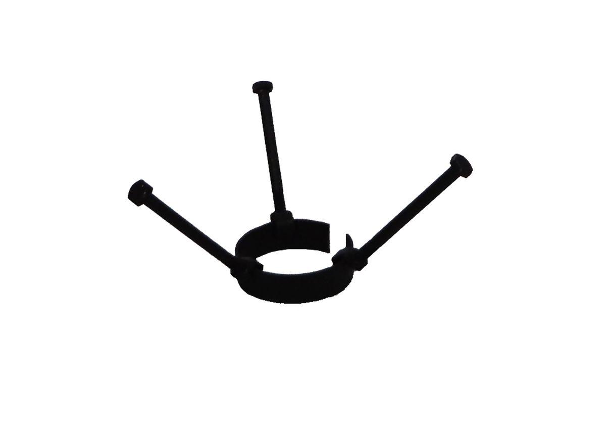 Насадка Огниво Корона для казанов. 770134770134Металлическая насадка на трубу для посуды округлой формы (казанов и котелков). Диаметр - 9.2 см, длинна болтов - 14 см, толщина метала - 3.0 мм, ширина подставки - 3.5 см.