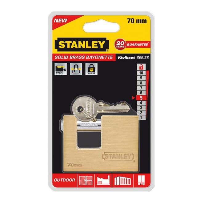 Замок Stanley Bayonette латунный, 70 мм. S742-026S742-026Замки для использования на улице