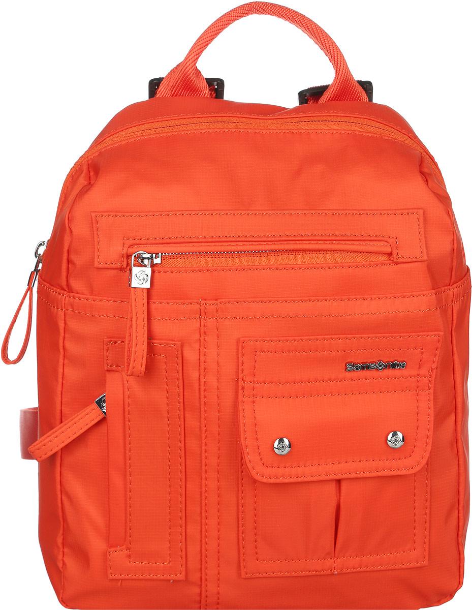 Рюкзак женский Samsonite, цвет: оранжевый. 96V*9601496V*96014Стильный женский рюкзак Samsonite выполнен из полиамида. Изделие имеет одно основное отделение, закрывающееся на застежку-молнию. Внутри находятся два накладных открытых кармана и прорезной карман на застежке-молнии. Снаружи, на передней стенке расположены накладной карман, закрывающийся на клапан с магнитами и два прорезных кармана на застежках-молниях, на задней стенке - накладной карман на застежке-липучке. Модель оснащена регулируемыми лямками и удобной ручкой для переноски в руках. Стильный рюкзак позволит вам завершить образ и подчеркнет ваше отменное чувство стиля.