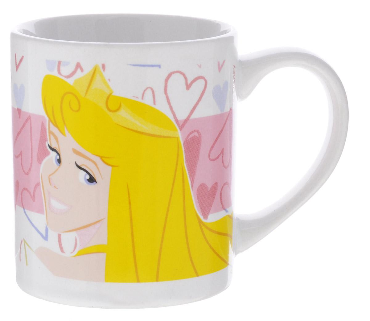 Stor Кружка детская Принцесса Аврора 220 мл70339Детская кружка Stor Принцесса Аврора из серии Stor Disney Princess с любимой героиней станет отличным подарком для вашей малышки. Она выполнена из керамики и оформлена изображением диснеевской принцессы Авроры. Кружка дополнена удобной ручкой. Такой подарок станет не только приятным, но и практичным сувениром: кружка будет незаменимым атрибутом чаепития, а оригинальное оформление кружки добавит ярких эмоций и хорошего настроения. Можно использовать в СВЧ-печи и посудомоечной машине.