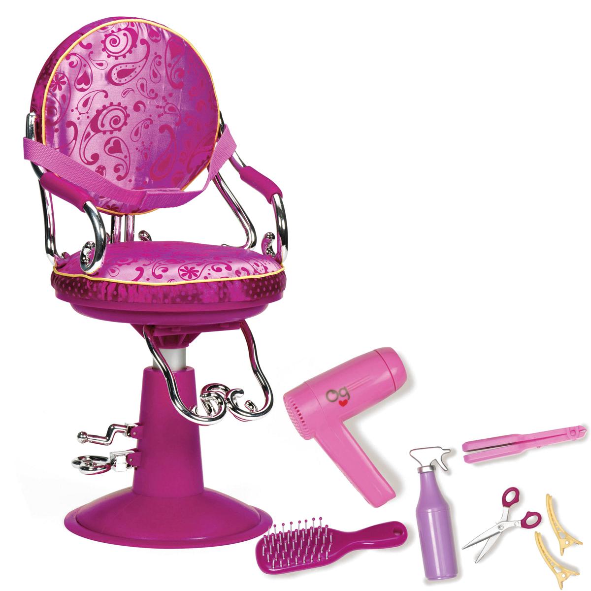 Our Generation Мебель для кукол Парикмахерское кресло11511Мебель для кукол Our Generation Парикмахерское кресло - необходимый аксессуар для маленького игрушечного салона красоты. Ваша девочка желает испробовать себя в качестве личного парикмахера собственных кукол? Предложите ей парикмахерское кресло для куклы, которое поможет принимать своих клиентов со всеми удобствами. В набор входят мягкое кресло, различные аксессуары стилиста - ножницы, расческа, пульверизатор, утюжок для волос, фен и красивые заколки. С помощью этих принадлежностей малышка сможет делать своим маленьким любимицам различные прически или просто расчесывать им волосы, мыть их и сушить феном. Позвольте своему ребенку проявить фантазию и осуществить те эксперименты, которые он задумал.