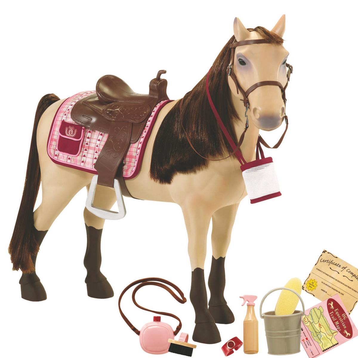 Our Generation Аксессуар для кукол Лошадь Морган11571Игровой набор Our Generation Лошадь Морган понравится любой девочке. В комплекте: лошадь, седло, мини-попона, уздечка с поводьями, маршрутная карта, ведро, губка для ухода, щетка для хвоста и гривы, фляжка для воды, сертификат об участии в соревнованиях, мешок для корма. Ноги у лошадки сгибаются. Благодаря играм с набором, ваша малышка сможет развить фантазию и любознательность, разнообразить игры с любимыми куклами. Порадуйте свою принцессу таким прекрасным подарком!