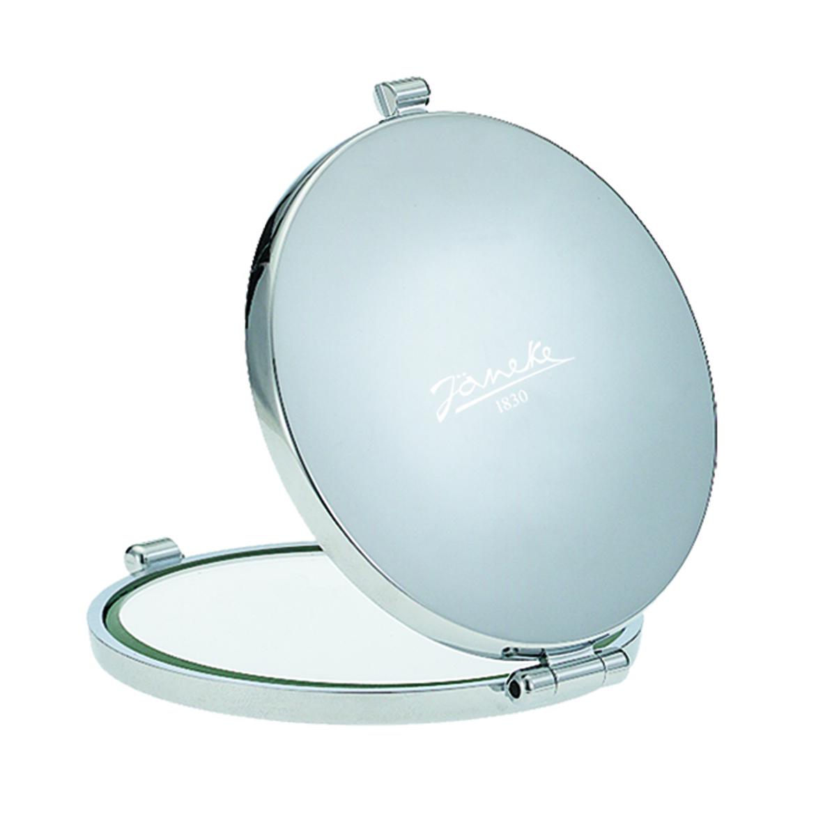 Janeke Зеркало хромированное для сумки D73, CR448.572937Марка Janeke – мировой лидер по производству расчесок, щеток, маникюрных принадлежностей, зеркал и косметичек. Марка Janeke, основанная в 1830 году, вот уже почти 180 лет поддерживает непревзойденное качество своей продукции, сочетая новейшие технологии с традициями ста- рых миланских мастеров. Все изделия на 80% производятся вручную, а инновационные технологии и современные материалы делают продукцию марки поистине уникальной. Стильный и эргономичный дизайн, яркие цветовые решения – все это приносит истин- ное удовольствие от использования аксессуаров Janeke. Компактные зеркала Janeke имеют линзы с обычным и трехкратным увеличением, которые позволяют быстро и легко поправить макияж в дороге. А благодаря стильному дизайну и миниатюрному размеру компактное зеркало Janeke станет любимым аксессуаром любой женщины.