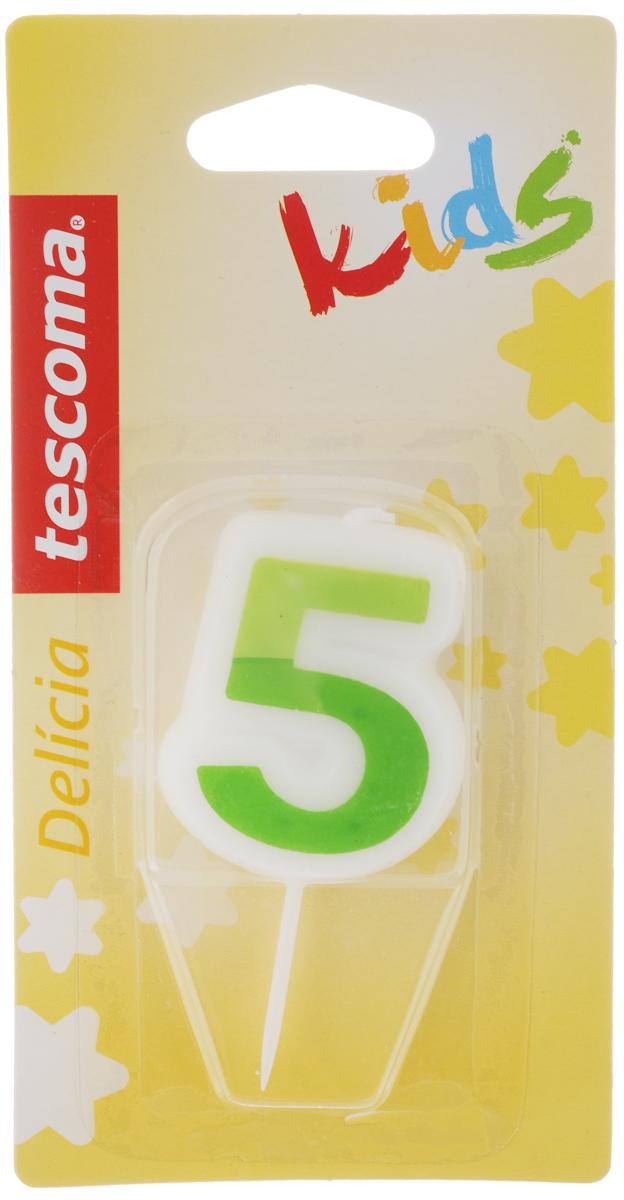 Свеча для торта Tescoma Delicia Kids, пятерка, цвет: белый, зеленый630975_зеленыйСвеча для торта Tescoma Delicia Kids изготовлена из высококачественного парафина, фитиль - натуральное волокно. Это отличное решение для декорирования торта к празднику. Ее можно комбинировать с другими цифрами. Изделие хорошо и долго горит. С этой свечой ваш праздник станет еще удивительнее и веселее. Высота свечи (без учета иглы): 4,5 см.