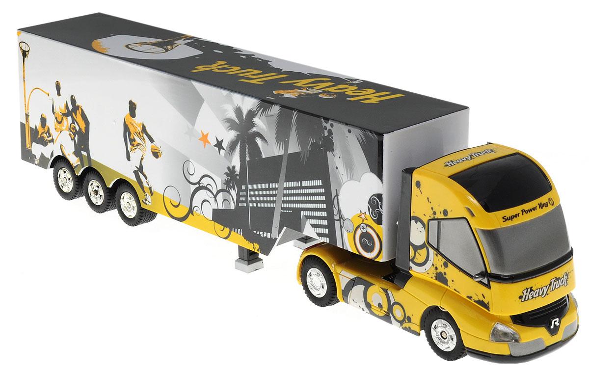 1TOY Грузовик-тягач на радиоуправлении Heavy TruckТ55115_желтый, черный, Heavy TruckГрузовик-тягач на радиоуправлении 1TOY Драйв. Heavy Truck обязательно привлечет внимание взрослого и ребенка и понравится любому, кто увлекается автомобилями. При включении грузовика раздается звук работающего двигателя, движение и парковка также сопровождаются соответствующими звуками ускорения, тормозов и работы парктроника. Кузов прикрепляется к кабине на магнитных присосках, которые отсоединяются и присоединяются с пульта управления. При движении грузовика загорается подсветка автоплатформы. Машина двигается вперед и назад, поворачивает направо, налево. А серьезные габариты придают реалистичность в управлении. Радиоуправляемые игрушки способствуют развитию координации движений, моторики и ловкости. Ваш ребенок часами будет играть с грузовиком, придумывая различные истории. Порадуйте его таким замечательным подарком! Машина работает от 4 батареек типа АА напряжением 1,5V (не входят в комплект), пульт работает от батарейки 9V типа Крона...