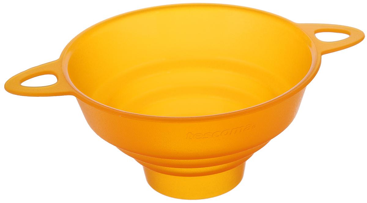 Воронка универсальная Tescoma Presto, цвет: оранжевый, диаметр 10 см420598_оранжевыйУниверсальная воронка Tescoma Presto выполнена из высококачественного пластика и прекрасно подходит для заполнения сыпучими продуктами емкостей всех обычных размеров. Изделие оснащено двумя ручками для более удобного использования. В ручках имеются отверстия, благодаря которым воронку можно повесить в доступном месте. Можно мыть в посудомоечной машине. Диаметр по верхнему краю: 10 см. Диаметр по нижнему краю: 3,5 см. Высота: 5 см. Ширины (с учетом ручек): 14 см.
