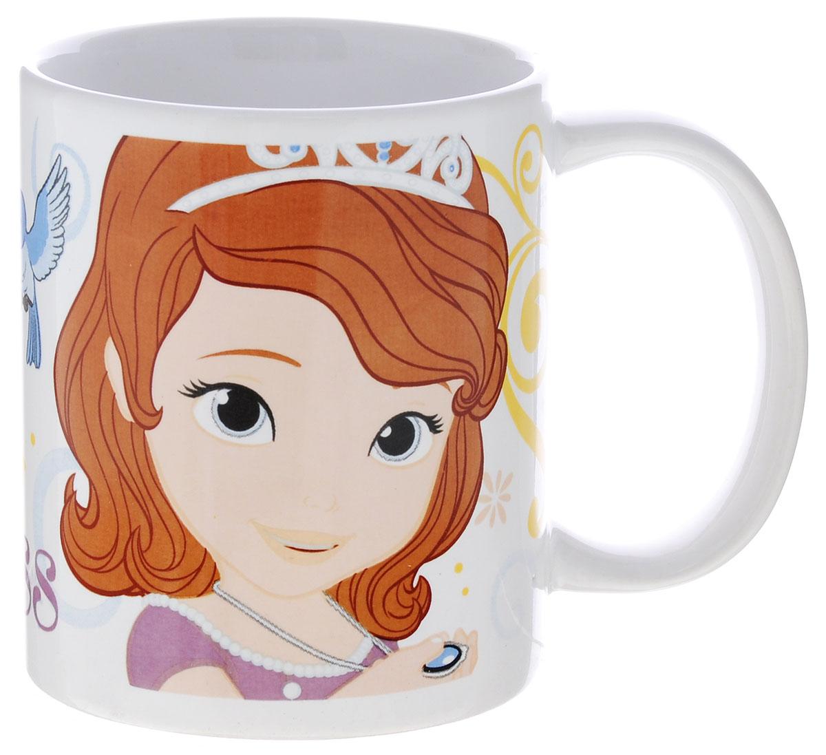 Stor Кружка детская Принцесса София Прекрасная 325 мл78505Детская кружка Stor Принцесса София Прекрасная из серии Stor Disney Princess с любимой героиней станет отличным подарком для вашей малышки. Она выполнена из керамики и оформлена изображением принцессы Софии. Кружка дополнена удобной ручкой. Такой подарок станет не только приятным, но и практичным сувениром: кружка будет незаменимым атрибутом чаепития, а оригинальное оформление кружки добавит ярких эмоций и хорошего настроения. Можно использовать в СВЧ-печи и посудомоечной машине.