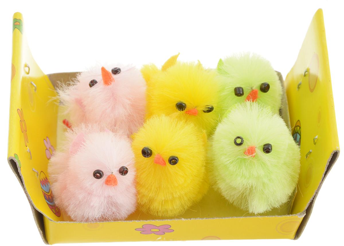 Украшение декоративное Home Queen Цыплята, 6 шт66745Декоративные украшения Home Queen Цыплята, выполненные из пластика и полиэстера, прекрасно дополнят интерьер дома к Пасхе. Украшения представляют собой шесть забавных цыплят разных цветов. Изделия создадут теплую весеннюю атмосферу и поднимут настроение. Размер цыпленка: 1,5 х 1,5 х 3 см.
