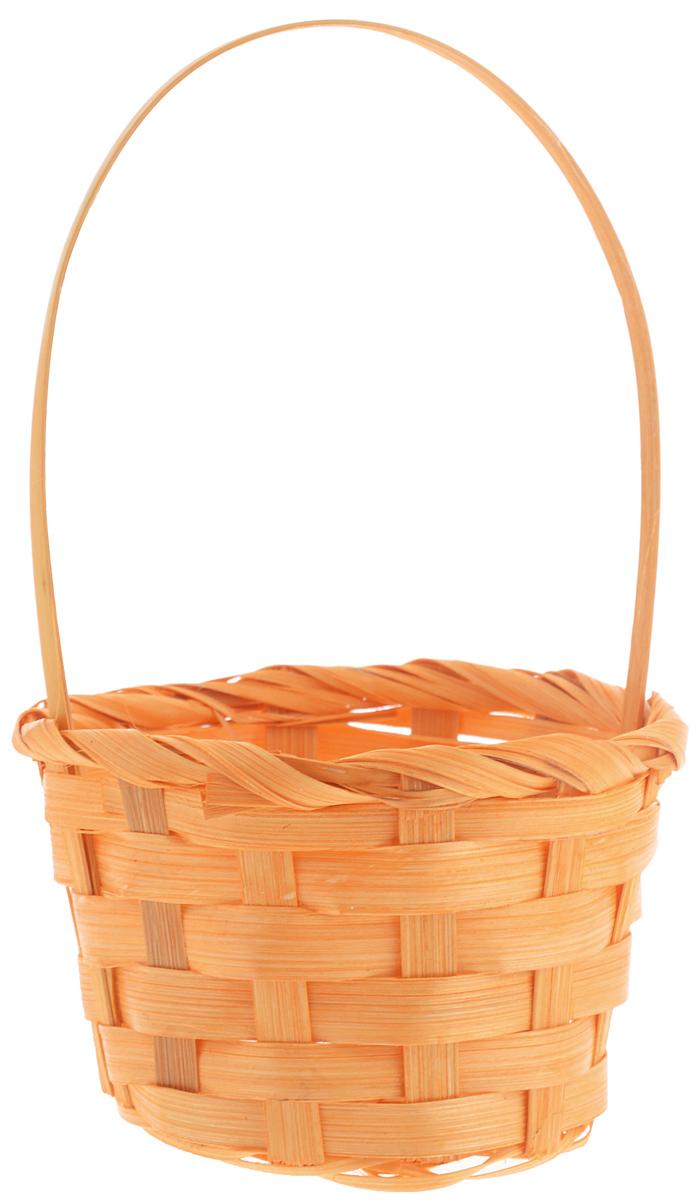 Корзина декоративная Home Queen Миниатюра, цвет: оранжевый, высота 16,5 см69929Декоративная корзина Home Queen Миниатюра предназначена для хранения различных мелочей. Изделие изготовлено из бамбука. Корзина оснащена удобной плетеной ручкой. Такая оригинальная корзина станет интересным и необычным подарком или украшением интерьера. Материал: ива, полиэстер. Диаметр (по верхнему краю): 10 см. Высота (с учетом ручки): 16,5 см. Диаметр дна: 7,5 см.