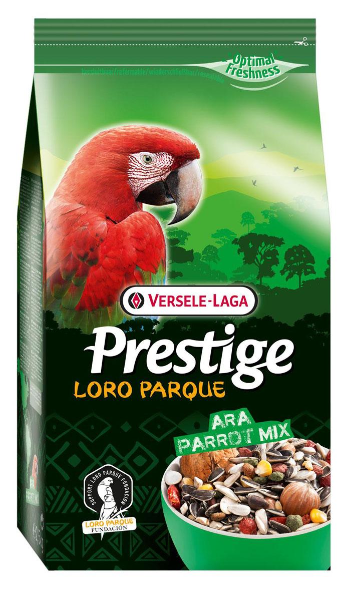 Корм для крупных попугаев Versele-Laga Prestige PREMIUM Ara Parrot Loro Parque Mix, 2,5 кг421959VERSELE-LAGA корм для крупных попугаев ПРЕМИУМ Ara Loro Parque Mix 2,5 кг. Смесь для попугаев Ara Loro Parque Mix - это обогащенная зерновая смесь с дополнительными питательными веществами, разработанная специально для крупных попугаев ара, которая также может использоваться для какаду вида mollucan и черных какаду. В состав корма добавлены кусочки фруктов и ягод, которые можно давать попугаям в качестве угощения. Вес упаковки: 2,5 кг. Сырой белок 14,5 %, Сырой жир 22,0 %, Клетчатка 19,0 %, Зола 5,0 %, Кальций 0,97 %, Фосфор 0,42 %.