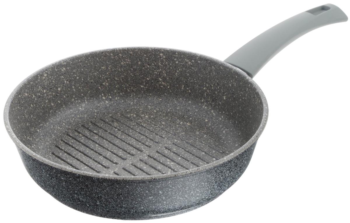 Сковорода-гриль Vari Pietra, с антипригарным покрытием, цвет: серый гранит. Диаметр 24 смGR32124Сковорода-гриль Vari Pietra изготовлена из литого алюминия. Толстые стенки и дно (4,5 и 6 мм) обеспечивают равномерное распределение и длительное сохранение тепла, что позволяет готовить блюда любой сложности. Многослойное антипригарное покрытие Quantanium содержит сверхтвердые частицы соединений титана, что придает посуде каменную прочность. Поэтому посуда устойчива к царапинам, даже при использовании металлических предметов. Покрытие безопасно для здоровья человека, не выделяет вредного вещества PFOA. Эргономичная ручка из термостойкого пластика с нескользящим покрытием Soft-Touch обеспечивает дополнительный комфорт во время использования. Изделие отличается эффектным дизайном: внешнее покрытие напоминает структуру мрамора и гранита. Посуду Pietra можно использовать на газовых, электрических и стеклокерамических плитах и мыть в посудомоечных машинах. Высота стенки: 6 см. Длина ручки: 18,5 см. Диаметр (по верхнему краю): 24 см.