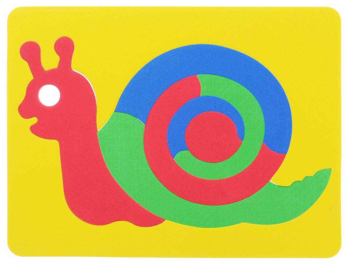 Фантазер Пазл для малышей Улитка цвет основы желтый063551У_желтыйПазл для малышей Фантазер Улитка выполнен из мягкого полимера, который дает юному конструктору новые удивительные возможности в игре: детали пазла гнутся, но не ломаются, их всегда можно состыковать. Пазл представляет собой основу, в которой собирается яркая улитка. Ваш малыш сможет собрать пазл и в ванной. Элементы можно намочить, благодаря чему они будут хорошо прилипать к стене в ванной комнате. Такой пазл развивает пространственное и логическое мышления, память и глазомер, знакомит с формами и цветом предмета в процессе игры.