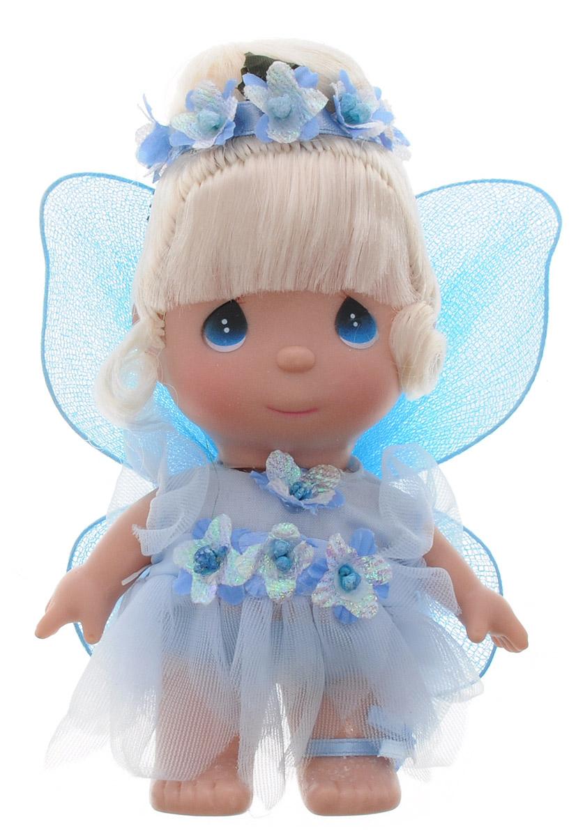 Precious Moments Мини-кукла Фея цвет наряда голубой5405Какие же милые эти куколки Precious Moments. Создатель этих очаровательных крошек настоящая волшебница - Линда Рик - оживила свои творения, каждая кукла обрела свой милый и неповторимый образ. Эти крошки могут сопровождать вас в чудесных странствиях и сделать каждый момент вашей жизни незабываемым! Мини-кукла Фея одета в голубое платье. На спине у куклы крылышки, которые с легкостью можно отстегнуть. Светлые волосы куклы убраны в прическу, украшенную голубыми цветами. У девочки большие синие глаза. Благодаря играм с куклой, ваша малышка сможет развить фантазию и любознательность, овладеть навыками общения и научиться ответственности. Порадуйте свою принцессу таким прекрасным подарком!