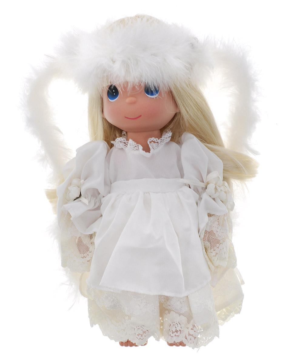 Precious Moments Кукла Неземная красота блондинка4702Коллекция кукол Precious Moments ростом выше 30 см насчитывает на сегодняшний день более 600 видов. Куклы изготавливаются из качественного, безопасного материала и имеют пять базовых точек артикуляции. Каждый год в коллекцию добавляются все новые и новые модели. Каждая кукла имеет свой неповторимый образ и характер. Она может быть подарком на память о каком- либо событии в жизни. Куклы выполнены с любовью и нежностью, которую дарит нам известная волшебница - создатель кукол Линда Рик! Кукла Неземная красота со светлыми волосами одета в шикарное платье, оформленное кружевами. За спиной у куколки - большие полупрозрачные крылья, которые с легкостью можно отстегнуть. На милом личике большие синие глаза. Вашей дочурке непременно понравится расчесывать волосы куклы, придумывая различные прически. Вся одежда съемная. Кукла научит ребенка взаимодействовать с окружающими, а также поспособствует развитию воображения, логики и тактильного восприятия....