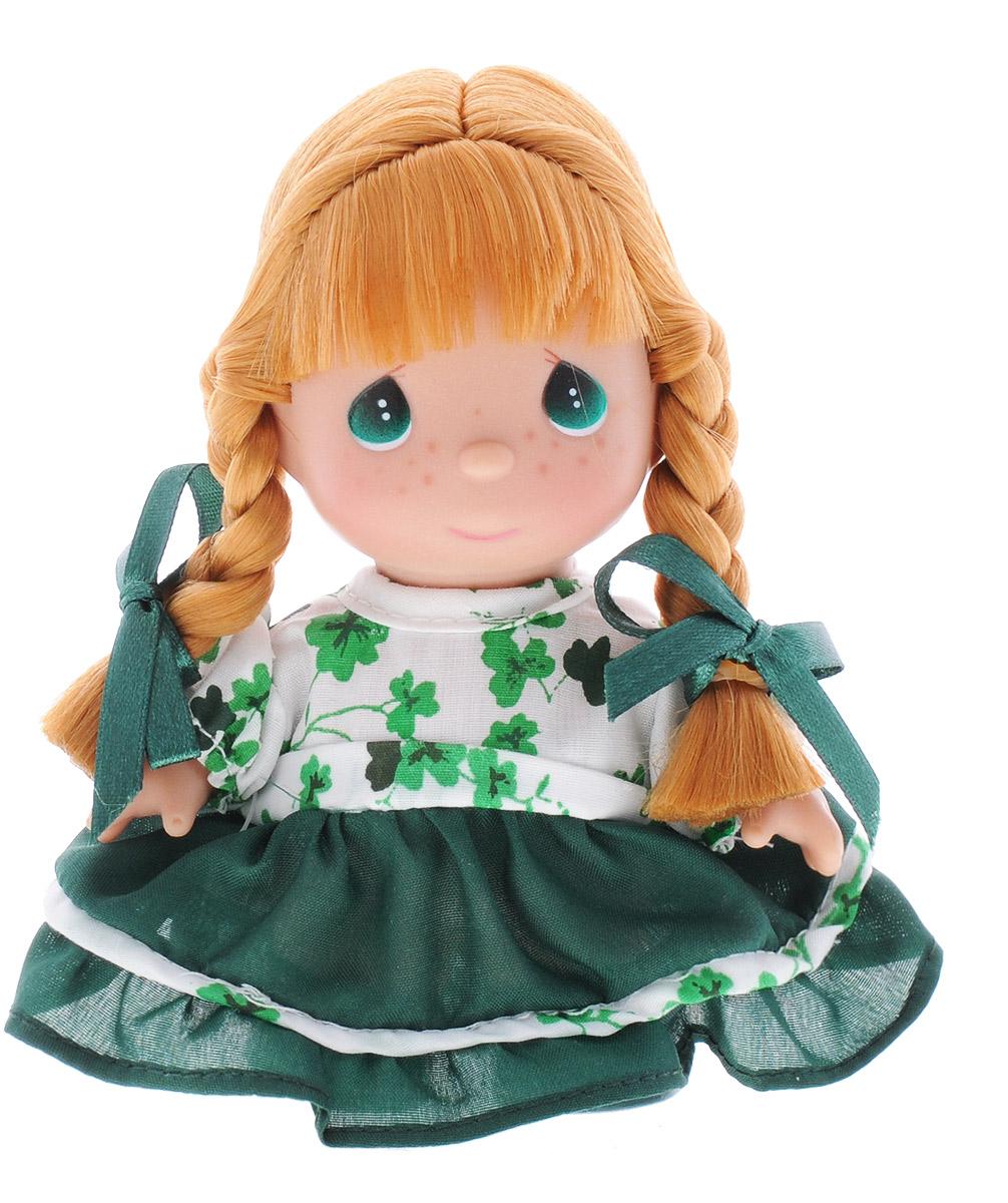 Precious Moments Мини-кукла Ирландская девочка5292Какие же милые эти куколки Precious Moments. Создатель этих очаровательных крошек настоящая волшебница - Линда Рик - оживила свои творения, каждая кукла обрела свой милый и неповторимый образ. Эти крошки могут сопровождать вас в чудесных странствиях и сделать каждый момент вашей жизни незабываемым! Мини-кукла Ирландская девочка одета в шикарное зеленое платье. Рыжие волосы заплетены в две косички и украшены ленточками. Благодаря играм с куклой, ваша малышка сможет развить фантазию и любознательность, овладеть навыками общения и научиться ответственности. Очаровательная куколка принесет радость и подарит своей обладательнице мгновения нежных объятий.