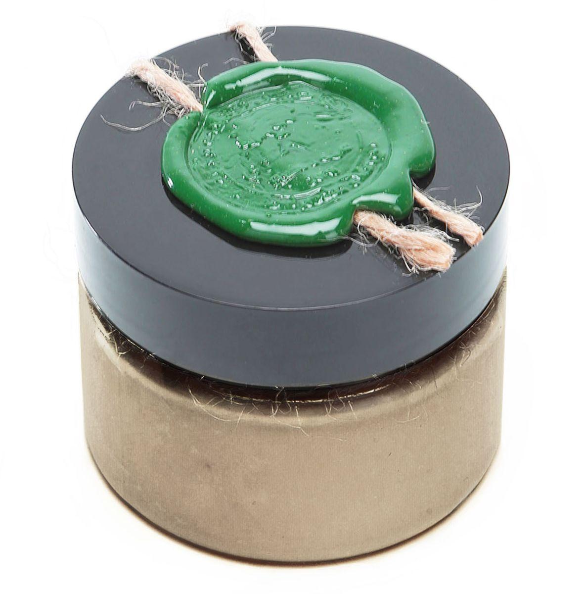 Huilargan Марокканская глина гассул в порошке серая, 100 г2990000004598Марокканская глина гассул Huilargan – это 100% чистый и натуральный продукт, богатый железом и микроэлементами. Марокканская глина гассул активно используется в СПА процедурах для грязевых ванн и обертывания. Гассул является также идеальной маской для жирной кожи и волос. Используется как шампунь или очень мягкое мыло, так как обладает очищающим и смягчающим свойствами, впитывает излишки кожного сала. Не содержит поверхностно-активных веществ и не разрушает защитную пленку кожи или защитную оболочку волос. - Глина 100% натуральная, богатая железом и микроэлементами; - идеальное средство для ухода за чувствительной кожей; - используется как шампунь или очень мягкое мыло; - сильные абсорбирующие и адсорбирующие свойства; - глубоко и бережно очищает; - впитывает излишки кожного сала и регулирует его секрецию; - тонизирует и сужает поры; - гипоаллергенна, поэтому подходит для всех типов кожи, даже для самой чувствительной; - оживляет кожу и волосы; -...