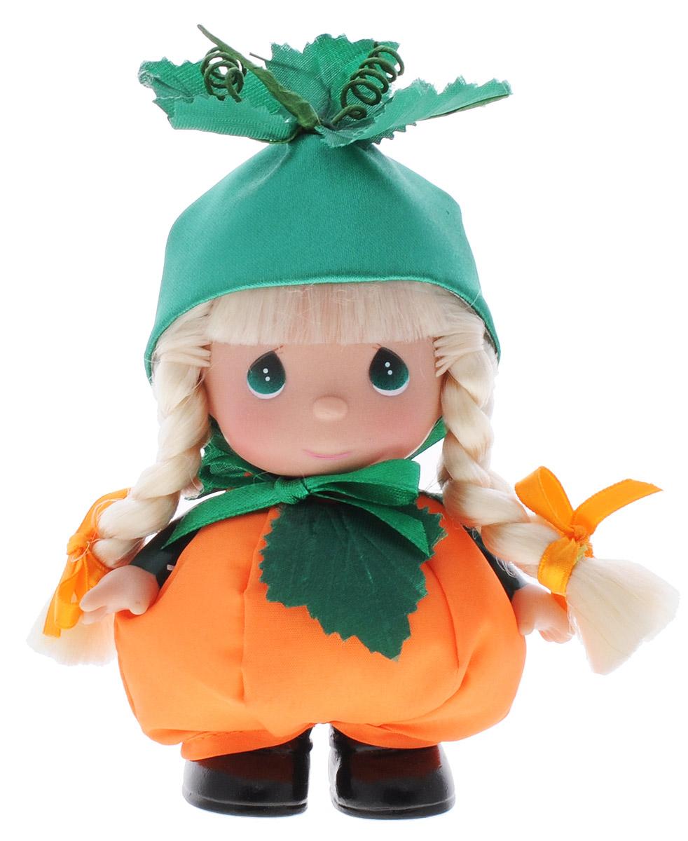 Precious Moments Мини-кукла Октябрь5372Какие же милые эти куколки Precious Moments. Создатель этих очаровательных крошек настоящая волшебница - Линда Рик - оживила свои творения, каждая кукла обрела свой милый и неповторимый образ. Эти крошки могут сопровождать вас в чудесных странствиях и сделать каждый момент вашей жизни незабываемым! Мини-кукла Октябрь одета в костюм тыковки. На голове у нее - зеленая шляпка. У куклы светлые волосы, заплетенные в две косички и большие зеленые глаза. Благодаря играм с куклой, ваша малышка сможет развить фантазию и любознательность, овладеть навыками общения и научиться ответственности. Порадуйте свою принцессу таким прекрасным подарком!