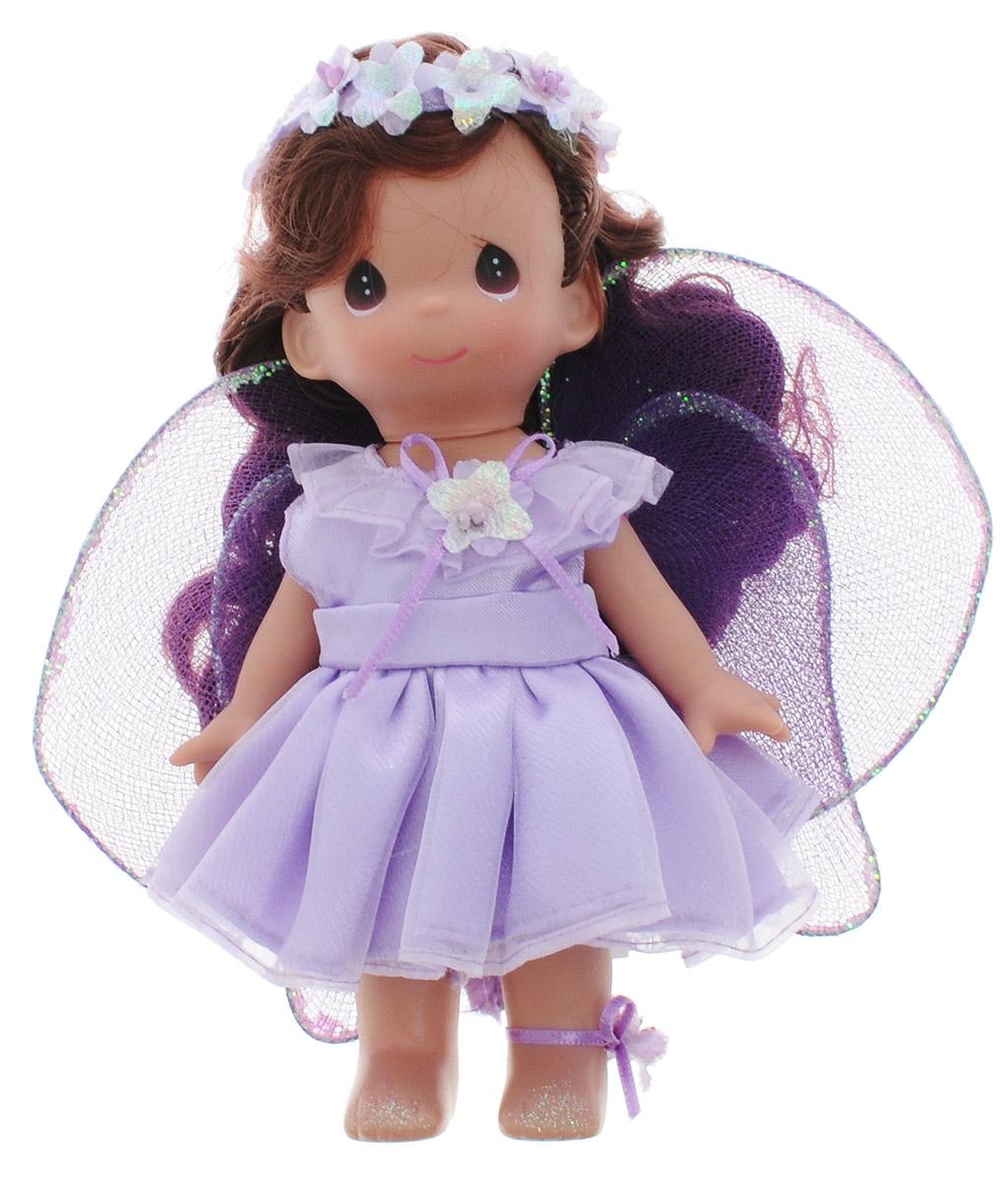 Precious Moments Мини-кукла Фея Фиалка2204Какие же милые эти куколки Precious Moments. Создатель этих очаровательных крошек настоящая волшебница - Линда Рик - оживила свои творения, каждая кукла обрела свой милый и неповторимый образ. Эти крошки могут сопровождать вас в чудесных странствиях и сделать каждый момент вашей жизни незабываемым! Обворожительная мини-кукла Фея Фиалка станет отличным подарком для вашей дочурки. Куколка одета в сиреневое платье, за спиной у нее - большие полупрозрачные крылья. У куклы шикарные темные волосы, которые украшены цветочным венком. На милом личике большие темные глаза. Благодаря играм с куклой, ваша малышка сможет развить фантазию и любознательность, овладеть навыками общения и научиться ответственности. Порадуйте свою принцессу таким прекрасным подарком!