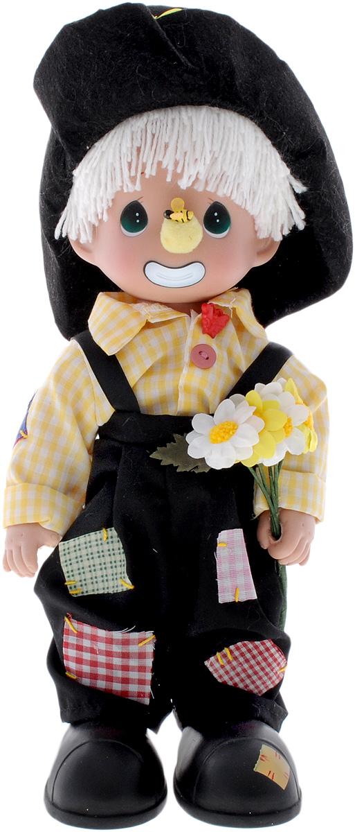 Precious Moments Кукла Давай дружить4477Коллекция кукол Precious Moments ростом выше 30 см насчитывает на сегодняшний день более 600 видов. Куклы изготавливаются из качественного, безопасного материала и имеют пять базовых точек артикуляции. Каждый год в коллекцию добавляются все новые и новые модели. Каждая кукла имеет свой неповторимый образ и характер. Она может быть подарком на память о каком- либо событии в жизни. Куклы выполнены с любовью и нежностью, которую дарит нам известная волшебница - создатель кукол Линда Рик! Кукла Давай дружить очарует вас и вашу дочурку с первого взгляда! Кукла одета в забавный костюм клоуна. Очаровательные волосы белого цвета, сплетенные из нитей, дополняют прекрасный образ куклы. В руках мальчик держит букет ромашек. Одежда куклы съемная. Игры с куклой способствуют эмоциональному развитию ребенка, а также помогают формировать воображение и художественный вкус. Порадуйте свою принцессу таким великолепным подарком!