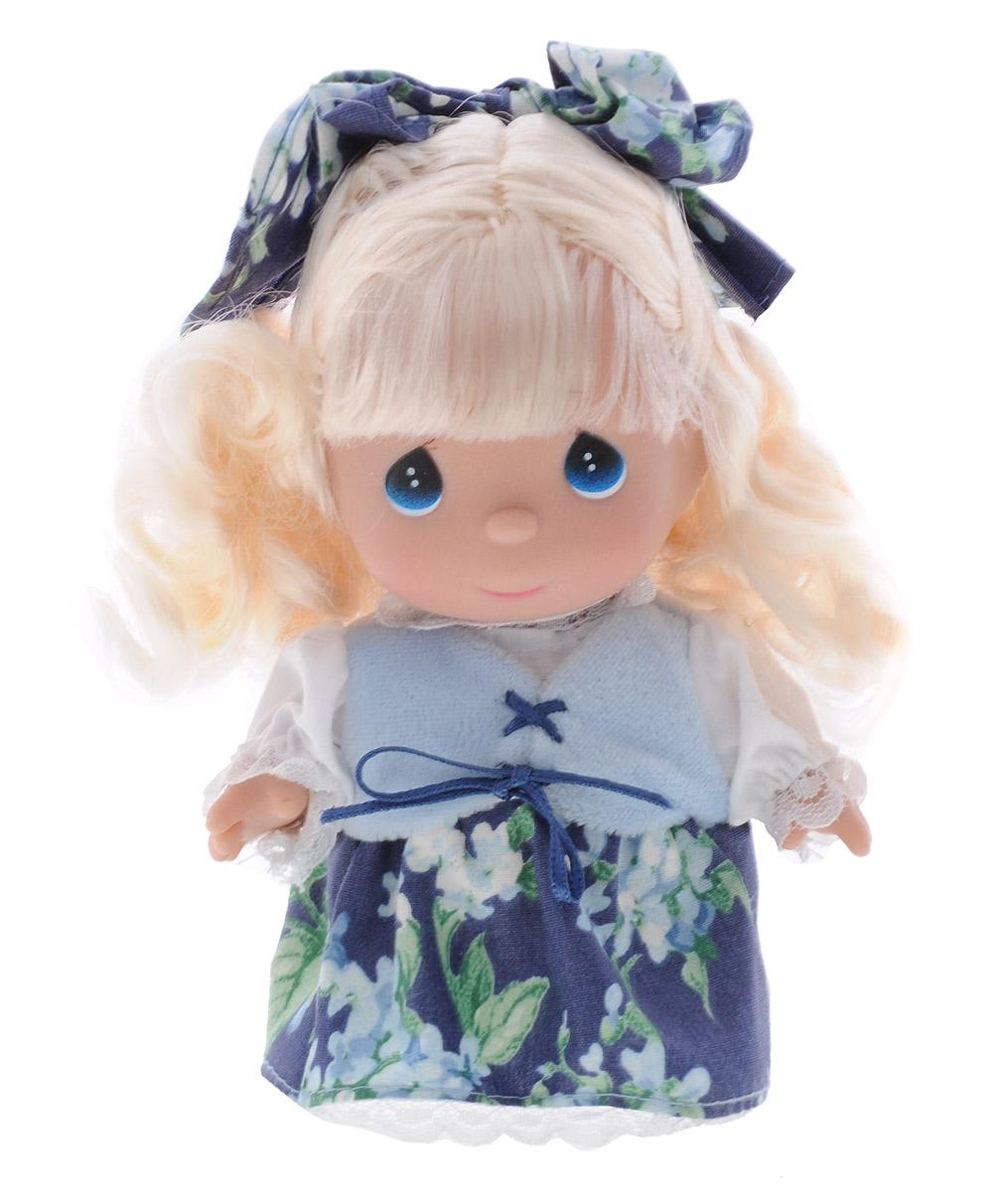 Precious Moments Мини-кукла Лютик золотистый5398Какие же милые эти куколки Precious Moments. Создатель этих очаровательных крошек настоящая волшебница - Линда Рик - оживила свои творения, каждая кукла обрела свой милый и неповторимый образ. Эти крошки могут сопровождать вас в чудесных странствиях и сделать каждый момент вашей жизни незабываемым! Очаровательная мини-кукла Лютик золотистый одета в нарядный костюм, не перегруженный лишними деталями и декором. У куколки большие синие глазки и длинные светлые волосы. Благодаря играм с куклой, ваша малышка сможет развить фантазию и любознательность, овладеть навыками общения и научиться ответственности. Порадуйте свою принцессу таким прекрасным подарком!