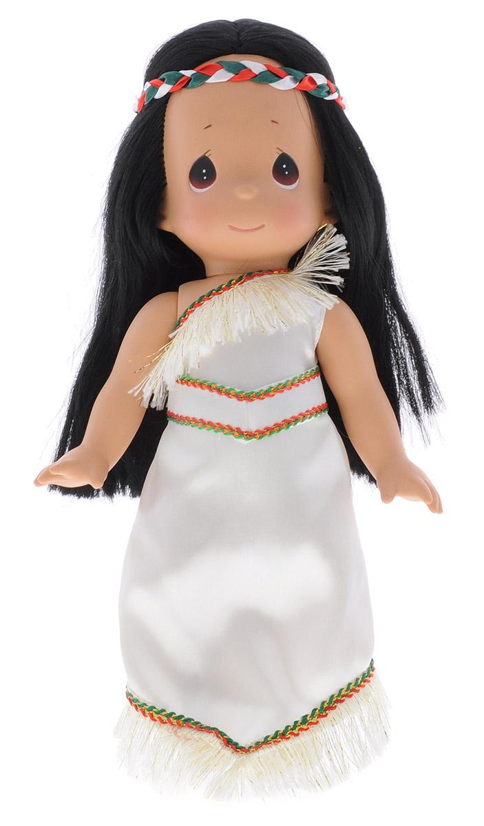 Precious Moments Кукла Покахонтас5410Коллекция кукол Precious Moments ростом выше 30 см насчитывает на сегодняшний день более 600 видов. Куклы изготавливаются из качественного, безопасного материала и имеют пять базовых точек артикуляции. Каждый год в коллекцию добавляются все новые и новые модели. Каждая кукла имеет свой неповторимый образ и характер. Она может быть подарком на память о каком- либо событии в жизни. Куклы выполнены с любовью и нежностью, которую дарит нам известная волшебница - создатель кукол Линда Рик! Кукла Покахонтас одета в светлое платье с бахромой понизу, обута в ботиночки. У Покахонтас длинные прямые темные волосы и большие карие глаза. Одежда куклы съемная. Кукла научит ребенка взаимодействовать с окружающими, а также поспособствует развитию воображения, логики и тактильного восприятия. Порадуйте свою принцессу таким великолепным подарком!