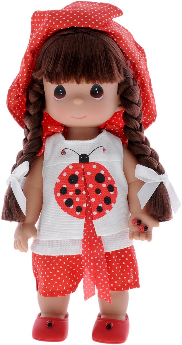 Precious Moments Кукла Горошинка брюнетка4452Коллекция кукол Precious Moments ростом выше 30 см насчитывает на сегодняшний день более 600 видов. Куклы изготавливаются из качественного, безопасного материала и имеют пять базовых точек артикуляции. Каждый год в коллекцию добавляются все новые и новые модели. Каждая кукла имеет свой неповторимый образ и характер. Она может быть подарком на память о каком-либо событии в жизни. Куклы выполнены с любовью и нежностью, которую дарит нам известная волшебница - создатель кукол Линда Рик! Кукла Горошинка одета в красные шорты в горошек и белую маечку, украшенную изображением божьей коровки. На голове куклы - красная шляпка в горошек, на ногах - красные туфельки. Вся одежда у куклы съемная. Волосы Горошинки темного цвета, заплетены в две косички. В руке девочка держит две божьи коровки. Игра с куклой разовьет в вашей малышке чувство ответственности и заботы. Порадуйте свою принцессу таким великолепным подарком!