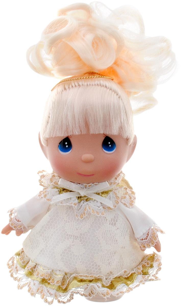 Precious Moments Мини-кукла Ты ангел5388Какие же милые эти куколки Precious Moments. Создатель этих очаровательных крошек настоящая волшебница - Линда Рик - оживила свои творения, каждая кукла обрела свой милый и неповторимый образ. Эти крошки могут сопровождать вас в чудесных странствиях и сделать каждый момент вашей жизни незабываемым! Мини-кукла Ты ангел одета в очаровательное светлое платье, оформленное кружевами. Светлые волосы куколки забраны вверх. Благодаря играм с куклой, ваша малышка сможет развить фантазию и любознательность, овладеть навыками общения и научиться ответственности. Ваша малышка с удовольствием будет играть с куколкой, придумывая различные истории!