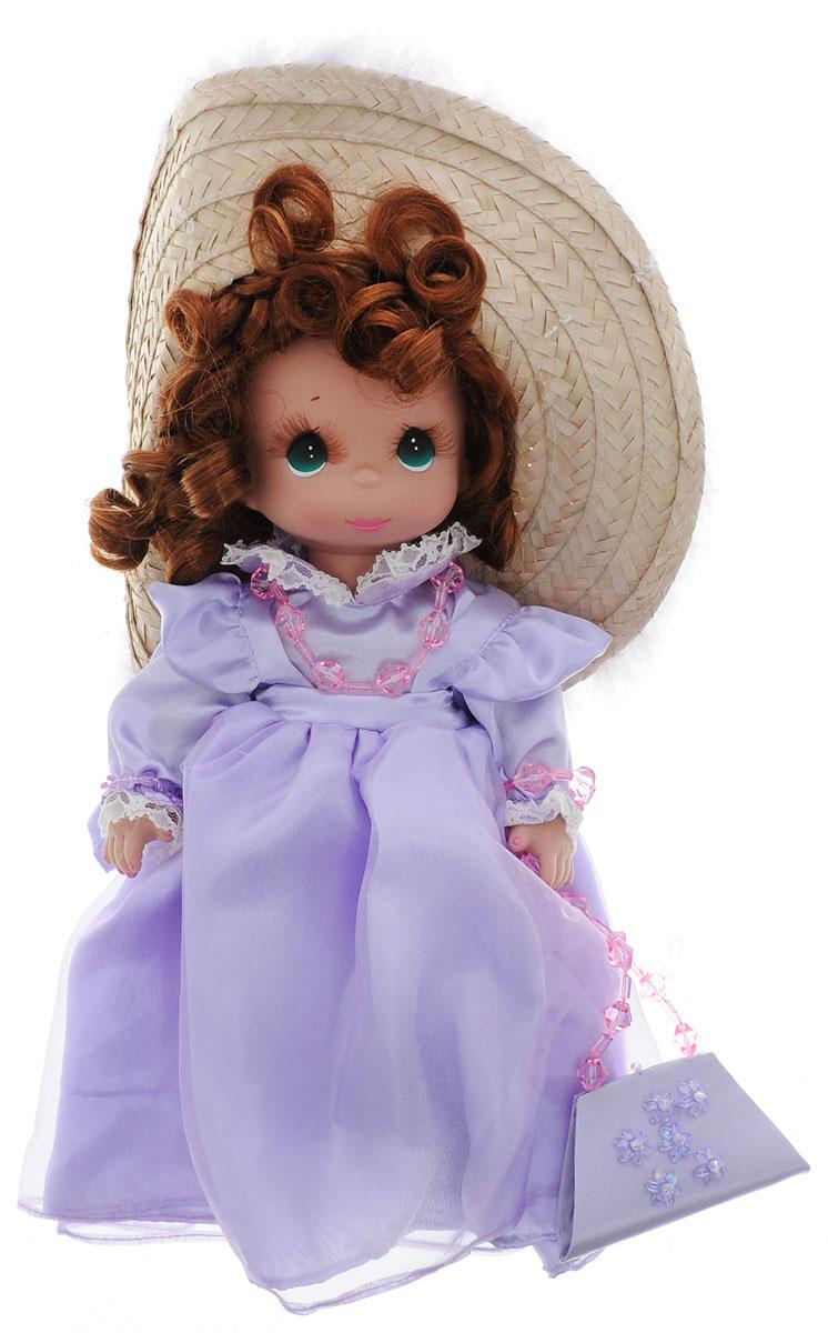 Precious Moments Кукла Гламурная девушка цвет волос рыжий4759Коллекция кукол Precious Moments ростом выше 30 см насчитывает на сегодняшний день более 600 видов. Куклы изготавливаются из качественного, безопасного материала и имеют пять базовых точек артикуляции. Каждый год в коллекцию добавляются все новые и новые модели. Каждая кукла имеет свой неповторимый образ и характер. Она может быть подарком на память о каком- либо событии в жизни. Куклы выполнены с любовью и нежностью, которую дарит нам известная волшебница - создатель кукол Линда Рик! Кукла Гламурная девушка очарует вас и вашу дочурку с первого взгляда! Девушка одета в нарядное платье сиреневого цвета. Рыжие волосы куклы уложены в виде локонов. Дополнением к образу куколки служат шляпа с широкими полями, сумочка и ожерелье. На милом личике большие зеленые глаза и пышные ресницы. Вся одежда куклы съемная. Игры с куклой способствуют эмоциональному развитию ребенка, а также помогают формировать воображение и художественный вкус.
