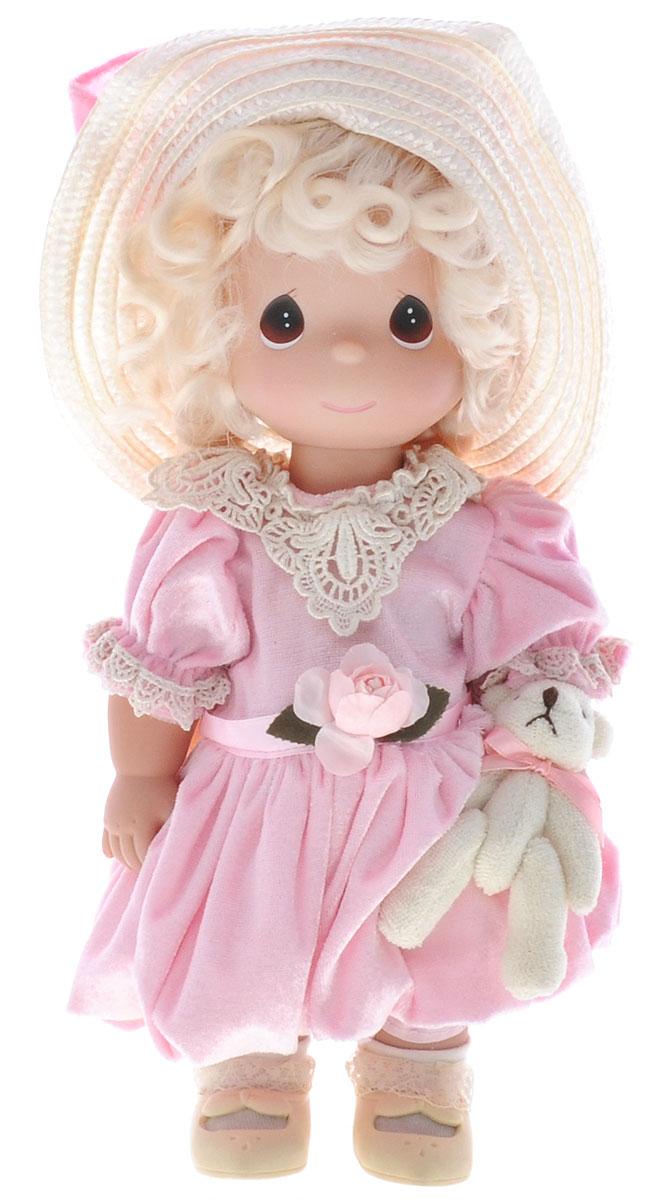 Precious Moments Кукла Невероятно хороша4651Коллекция кукол Precious Moments ростом выше 30 см насчитывает на сегодняшний день более 600 видов. Куклы изготавливаются из качественного, безопасного материала и имеют пять базовых точек артикуляции. Каждый год в коллекцию добавляются все новые и новые модели. Каждая кукла имеет свой неповторимый образ и характер. Она может быть подарком на память о каком-либо событии в жизни. Куклы выполнены с любовью и нежностью, которую дарит нам известная волшебница - создатель кукол Линда Рик! Кукла Невероятно хороша одета в розовое платье, белые носочки и бежевые туфли. Светлые волосы куклы заплетены в две косички и украшены атласными ленточками. Романтичный образ куклы дополняет шляпа с широкими полями. На милом личике куклы большие карие глаза. В руке девочка держит мягкую игрушку. Игра с куклой разовьет в вашей малышке чувство ответственности и заботы. Порадуйте свою принцессу таким великолепным подарком!