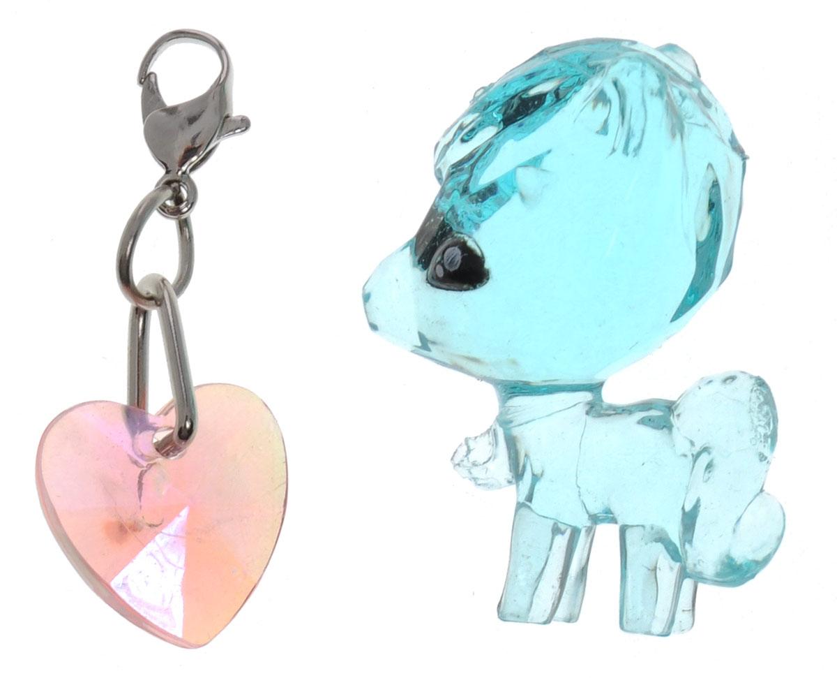Crystal Surprise Фигурка Пони Glitzy цвет голубой45705_голубойСамые искристые, самые сияющие малютки-зверюшки собрались здесь, чтобы принести вам удачу! Когда на небе встает солнце вдогонку тающей луне, появляются зверьки Crystal Surprise. Возьмите их в руку - и почувствуете, как они приносят удачу. У каждого зверька Crystal Surprise есть свое предназначение, каждый из них станет вашим талисманом. Носите, дарите их. Соберите их всех, чтобы умножить их магические способности! Предназначение фигурки Crystal Surprise Пони Glitzy - дружба. В дружбе пони просто звезда! Поделитесь с ней своими секретами и она сможет вам помочь! В набор также входит подвеска на удачу!