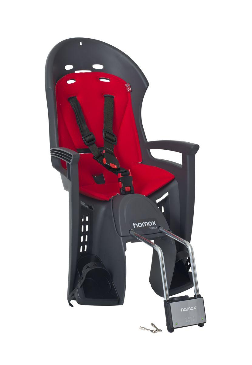 Детское кресло Hamax Smiley W/Lockable Bracket, цвет: серый, красный552032Отличительные особенности Hamax SMILEY W/LOCKABLE BRACKET: Запираемый кронштейн крепления замка фиксации кресла на велосипеде и 3-точечные ремни безопасности с дополнительным кронштейном для фиксации в районе груди,и обеспечения ребенку безопасной и удобной посадки. Невероятный комфорт Дополнительные мягкие пряжки для фиксации ребенка в кресле очень легкие и комфортные, но при этом обеспечивают надежную фиксацию ребенка в велокресле, позволяя при необходимости совершать резкие маневры и торможения. Эргономика велокресла рассчитана так, что спинка кресла не будет мешать голове ребенка в моменты когда он хочет откинуться назад кресла в шлеме. Механизмы регулировки застежек позволяют комфортно отрегулировать их вместе с ростом ребенка. Переставляйте детское сиденье для велосипеда между двумя велосипедами Детское сиденье для велосипеда очень легко крепится и освобождается от велосипеда. Приобретая дополнительный кронштейн, вы можете...