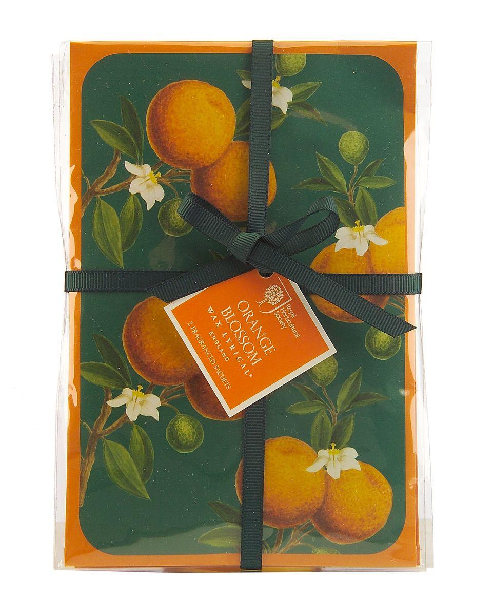 Набор ароматических саше Wax Lyrical Цветок апельсина, 2 шт, 45 гRH5645Красивый весенний аромат цветущего апельсинового дерева и гардении со свежим воздушным зелёным оттенком верхних нот, подчеркнутый тёплой основой из амбры и мускуса. Саше представляет собой бумажный пакет с ароматическими гранулами внутри.