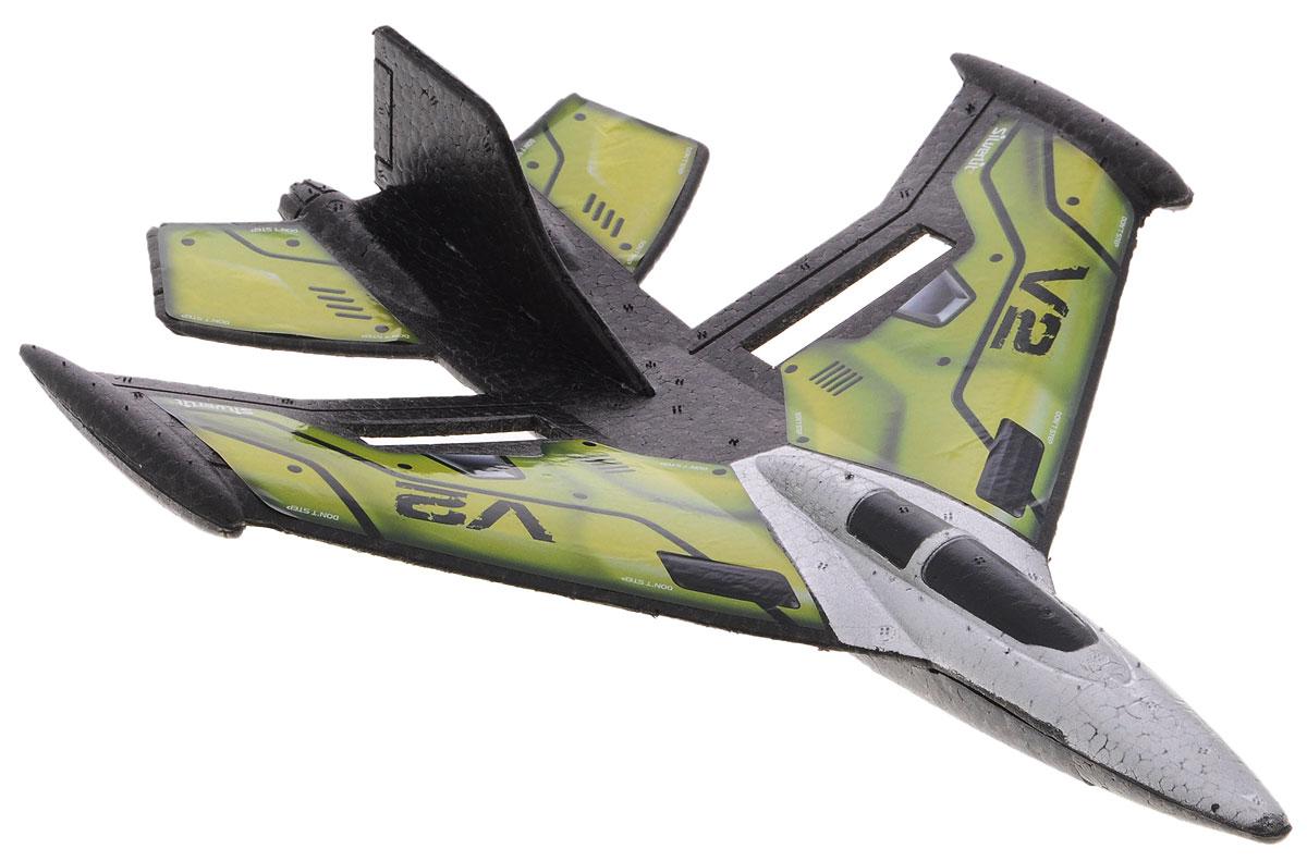 Silverlit Самолет на радиоуправлении X-Twin Jet цвет зеленый84743_зеленыйКто из мальчишек не мечтал о радиоуправляемом самолете? Взяв один раз его в руки, невозможно оторваться от увлекательной игры - чувствовать, как от ваших действий зависит полет истребителя, и задавать ему направление! Не только мальчишки, но и их папы будут рады поиграть с самолетом! Самолет на радиоуправлении Silverlit X-Twin Jet - превосходная аэродинамическая форма, яркие цвета корпуса. Ваш домашний авиапарк пополнится действительно достойной новинкой! Управление самолетом осуществляется при помощи пульта управления. Управляемая дальность полета составляет порядка 50 метров. Двухканальное управление обеспечивает устойчивую связь модели и пульта управления без сбоев и помех. Прочный материал, из которого выполнен корпус, легко выдержит падения с высоты, столкновения с деревьями и домами. Возможные движения самолета: взлет-снижение, поворот влево-вправо, удерживание высоты. Также возможен взлет с руки. Самолет работает от встроенного аккумулятора...