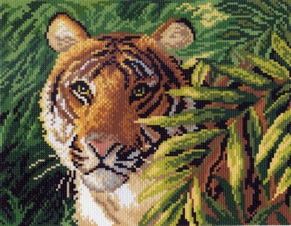 Канва с рисунком для вышивания Матренин Посад Индокитайский тигр, 25 х 19 см551258Канва с рисунком Матренин Посад Индокитайский тигр, изготовленная из хлопка, поможет вам создать свой личный шедевр - красивую вышитую картину. Вышивка выполняется в технике несчетный крест в 2 нити. На полях рисунка указана цветовая палитра. Вышивание отвлечет вас от повседневных забот и превратится в увлекательное занятие! Работа, сделанная своими руками, создаст особый уют и атмосферу в доме и долгие годы будет радовать вас и ваших близких. Рекомендуемое количество цветов: 16. Размер готового рисунка: 25 х 19 см. Общий размер канвы: 35 х 28 см. Нитки в комплект не входят.
