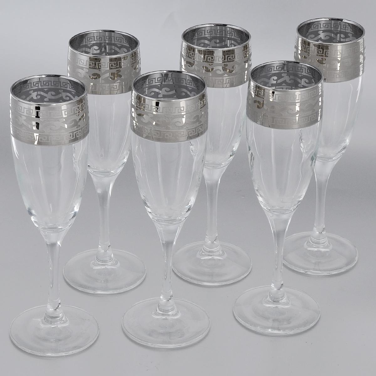 Набор бокалов Гусь-Хрустальный Версаче, 170 мл, 6 штGE08-1687Набор Гусь-Хрустальный Версаче состоит из 6 бокалов на длинных тонких ножках, изготовленных из высококачественного натрий-кальций-силикатного стекла. Изделия оформлены орнаментом. Бокалы предназначены для шампанского или вина. Такой набор прекрасно дополнит праздничный стол и станет желанным подарком в любом доме. Разрешается мыть в посудомоечной машине. Диаметр бокала (по верхнему краю): 5 см. Высота бокала: 20 см.