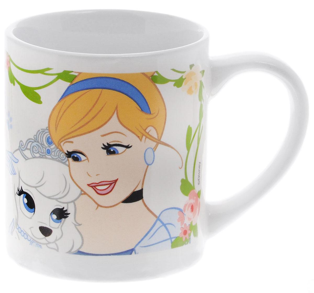 Stor Кружка детская Принцессы и их питомцы 220 мл 7291672916Детская кружка Stor Принцессы и их питомцы с любимыми героями мультфильмов станет отличным подарком для вашей малышки. Она выполнена из керамики и оформлена изображением диснеевских принцесс с их питомцами. Кружка дополнена удобной ручкой. Такой подарок станет не только приятным, но и практичным сувениром: кружка будет незаменимым атрибутом чаепития, а ее оригинальное оформление добавит ярких эмоций и хорошего настроения.