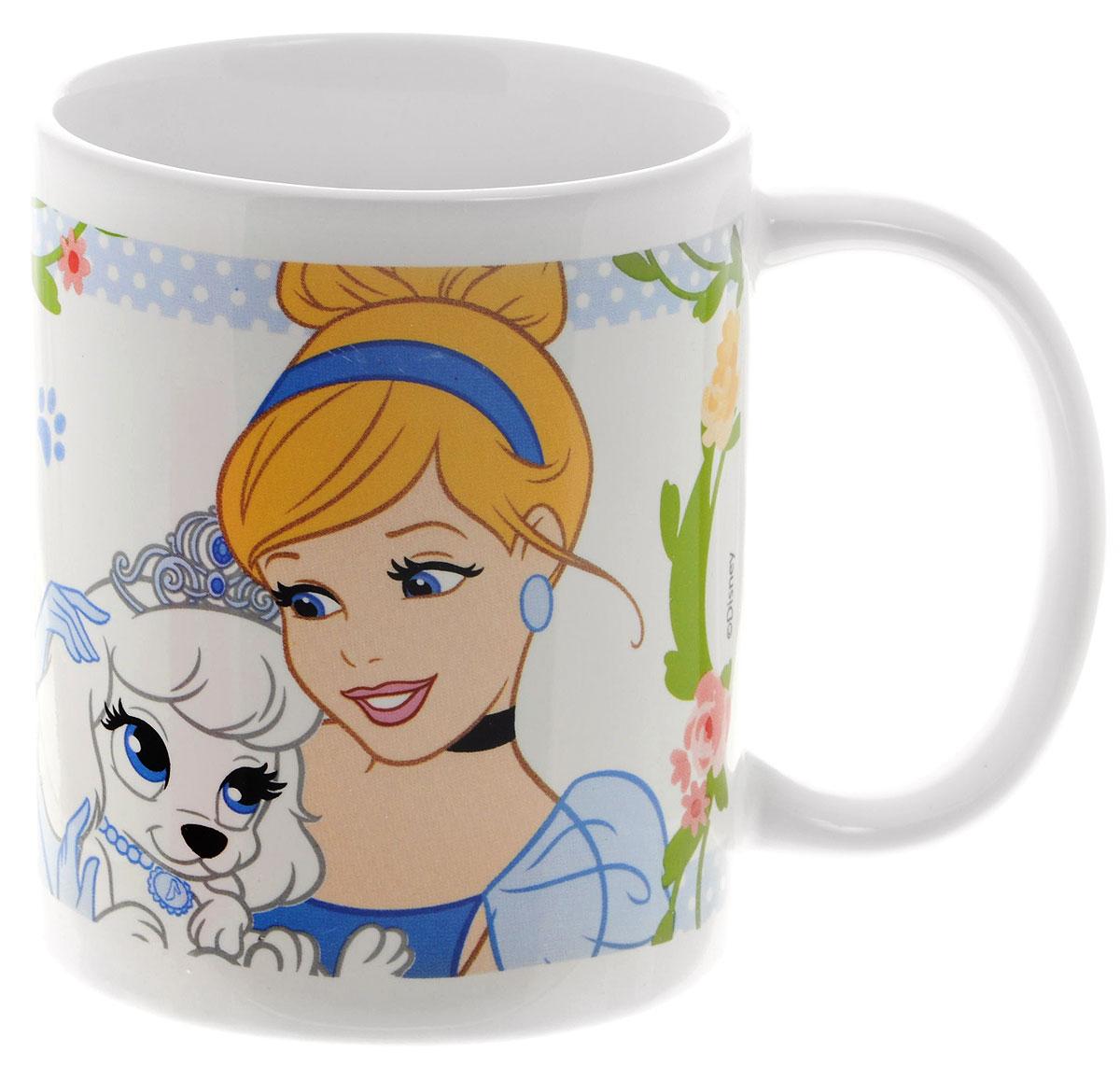 Stor Кружка детская Принцессы и их питомцы 325 мл72905Детская кружка Stor Принцессы и их питомцы с любимыми героями мультфильмов станет отличным подарком для вашей малышки. Она выполнена из керамики и оформлена изображением диснеевских принцесс с их питомцами. Кружка дополнена удобной ручкой. Такой подарок станет не только приятным, но и практичным сувениром: кружка будет незаменимым атрибутом чаепития, а ее оригинальное оформление добавит ярких эмоций и хорошего настроения. Допустимо использование в микроволновой печи и посудомоечной машине.