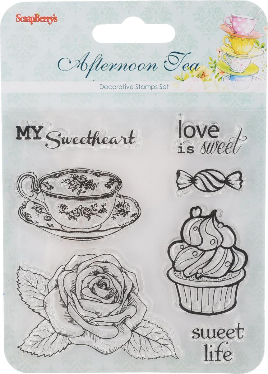 Набор декоративных штампов ScrapBerrys Полуденный чай. Сладости. Десерт, 7 штSCB4904006b_10,5Набор декоративных штампов ScrapBerrys Полуденный чай. Сладости. Десерт состоит из 7 прозрачных силиконовых элементов, выполненных в виде надписей, сладостей, розы и чайной пары. Штампы используются для нанесения красивого и ровного рисунка на творческую работу при помощи чернил. Для этого необходимо снять штамп, закрасить его чернилами и прижать в требуемом месте. Изделия предназначены для творческих работ в стиле скрапбукинг, декорирования, оформления альбомов, книг, коробок, фоторамок и других предметов. Разнообразьте свои вещи и украсьте их великолепными оттисками. Количество штампов: 7 шт. Размер самого большого штампа: 6,5 х 5 см. Размер самого маленького штампа: 3 х 1 см.